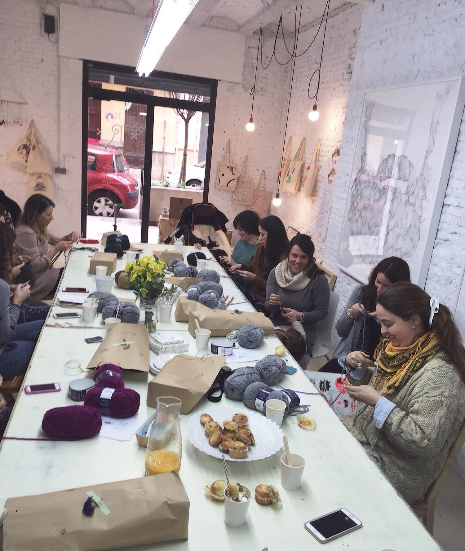 Coffe, Knit & Talk